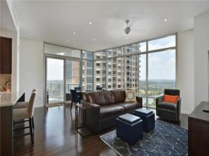 Stunning views in this Austonian Condo!